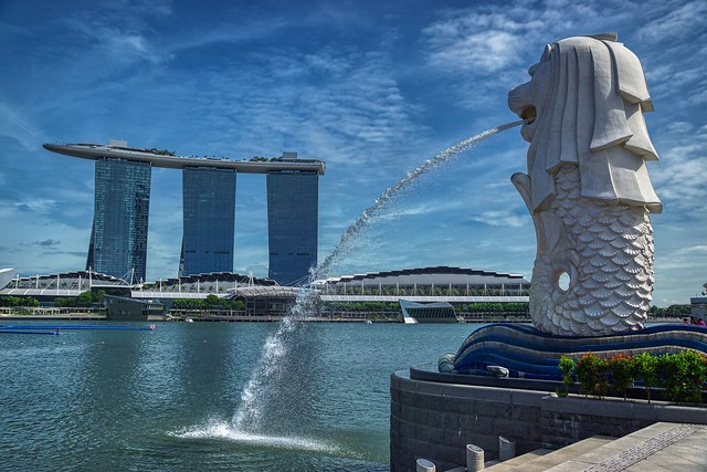 Merlion and Marina Bay Sands Hotel by the Marina Bay in Singapore
