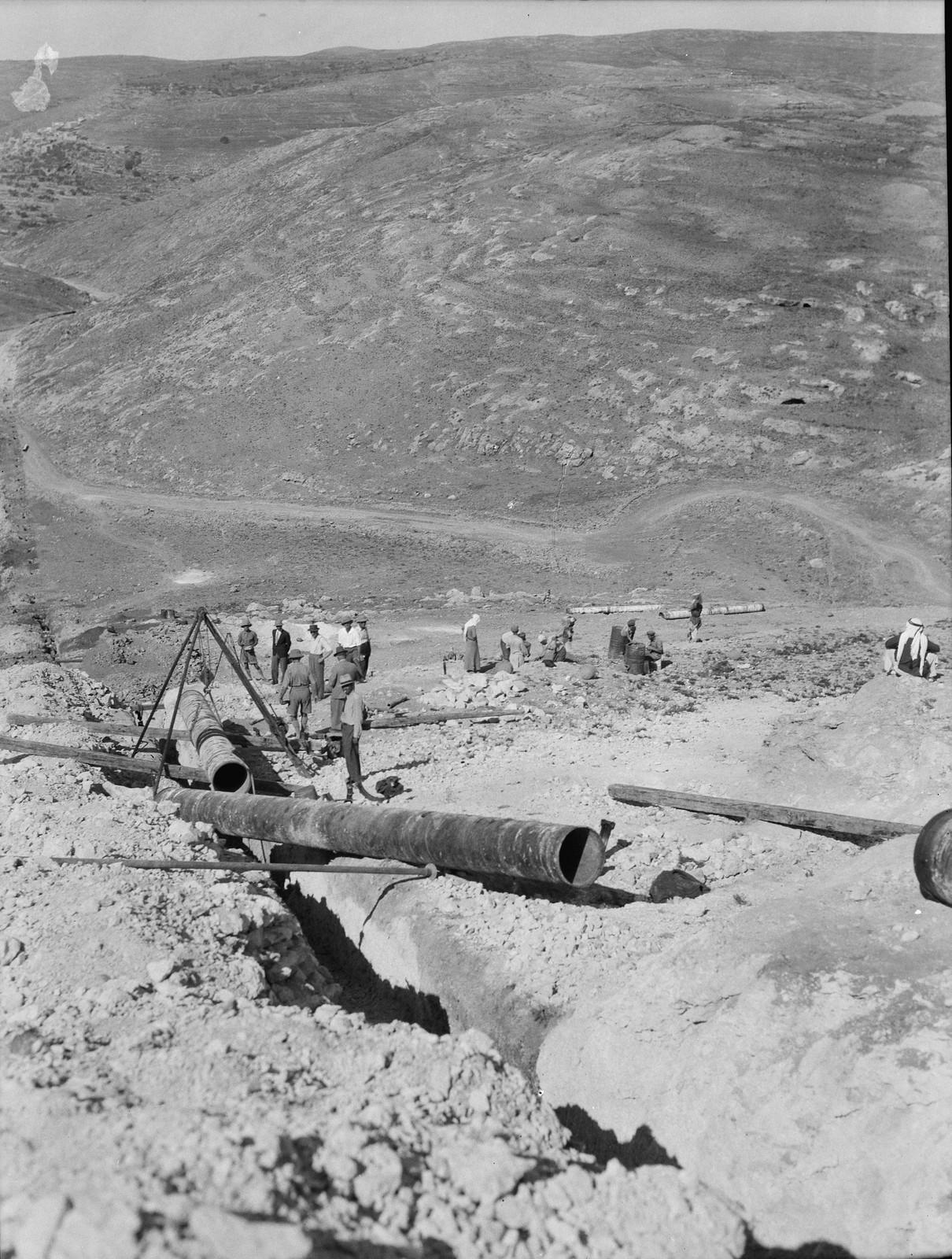 21. Трубопровод возле римской дороги возле Гиват Шауль