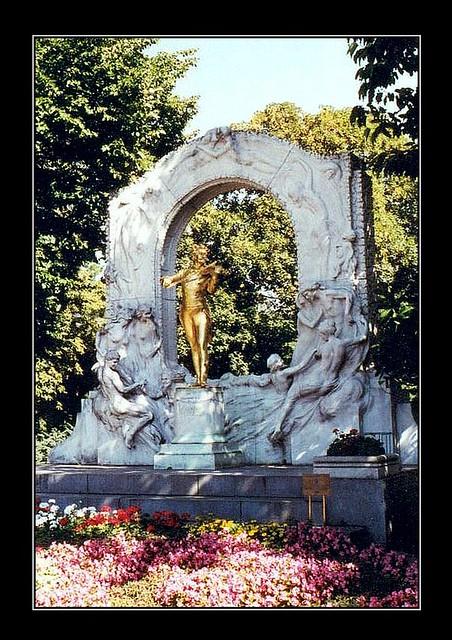 Blue Danube Johann Strauss Memorial, Wiener Stadtpark, Vienna, Austria