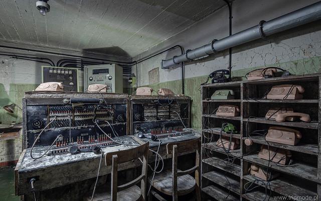 Cold War communication shelter