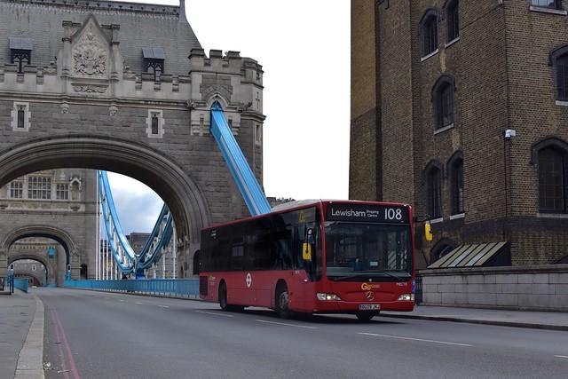 *DIVERSION* Go-Ahead London mercedes citaro - BG09 JKJ MEC10 - Route 108