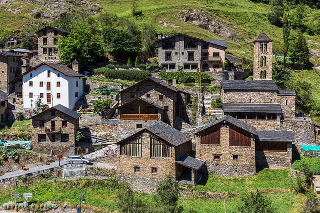 Pal es uno de los pueblos más bonitos que visitar en Andorra en verano