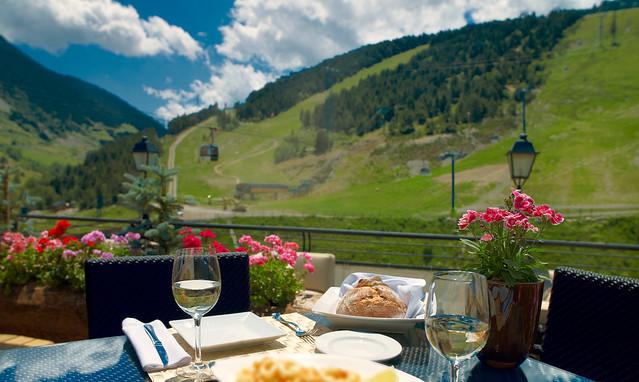 Restaurante en Andorra con vistas a la montaña