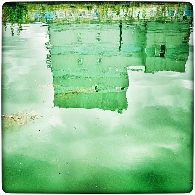 Sortie vélo. La coulée verte. 2020.  #Reims #lacouléeverte #couléeverte #bikeride #vélo #canal #mobilphotography #note9photography #withGalaxy #snapseed #urbanphotography #urbanphotographer #urbanphotos #urbanlandscape #endomondobike #outside  #reimsmavil