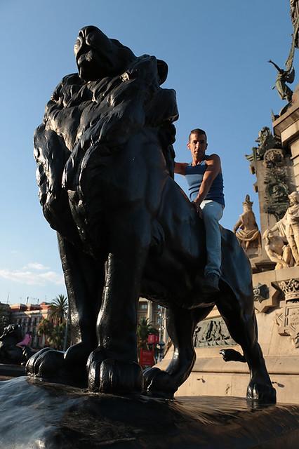 art assaf henigsberg barcelona אסף הניגסברג ברצלונה פיסול ברחוב פסלי רחוב פסלים גן מונומנטליים אומנות בברצלונה פסל ברחוב מונומנטים אמנות אומנים אמנים מפורסמים