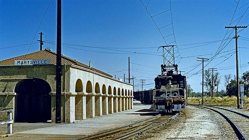 sacramentonorthern sn electricrailroad railroad station depot catenary electriclocomotive westernpacific wp