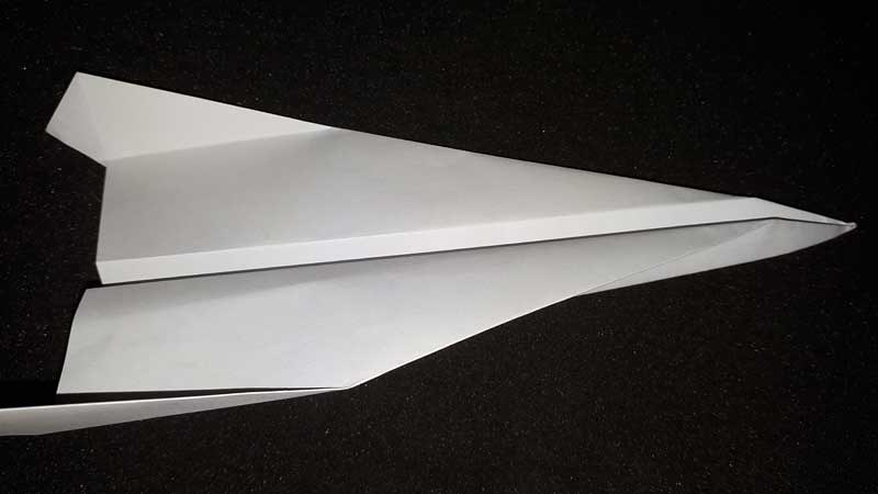 Panduan Cara Membuat Pesawat Kertas yang Baik