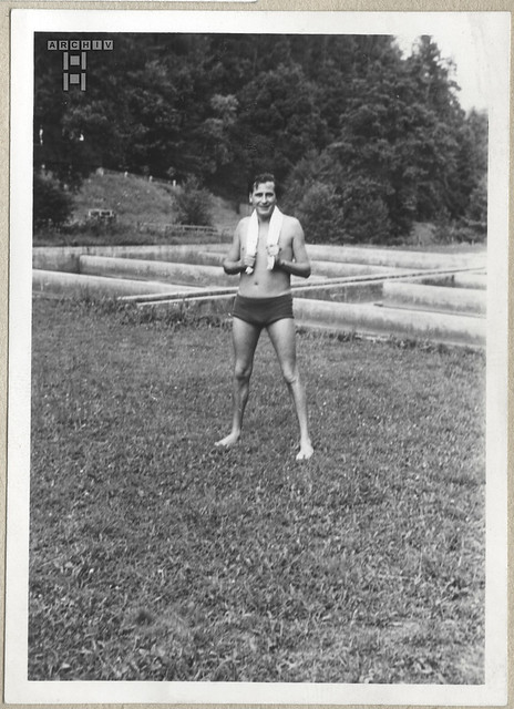 ArchivTappenX670 Männerporträt, Buchen, 1950er