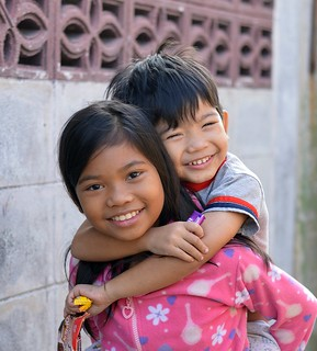 piggyback brother and sister