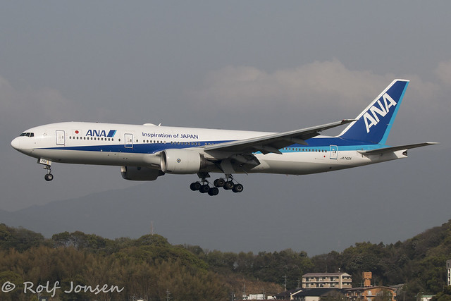 JA742A Boeing 777-200ER All Nippon Airways Fukuoka Airpport RJFF 09.04-18