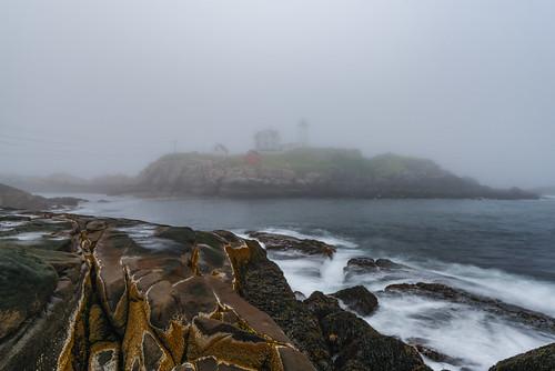 _DSC1619 Nubble Light in fog