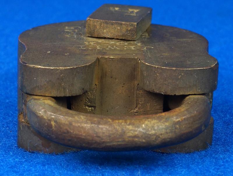 RD30529 Antique Brass Padlock Jewel Lock 1945 GT10Y.S  R Logo DSC08892