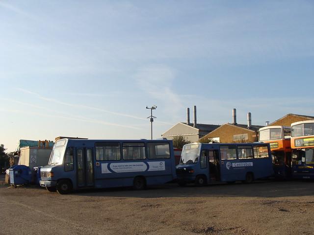 Centrebus 408 GNZ8156 & 406 GNZ8154