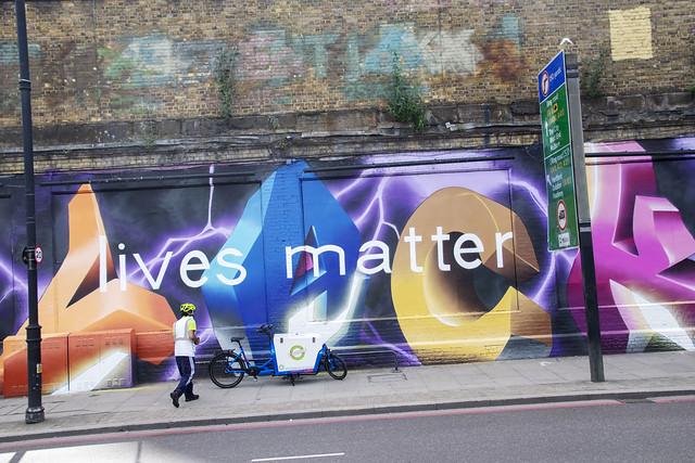 DSC_4658 Shoreditch London Great Eastern Street Artwork Lives Matter