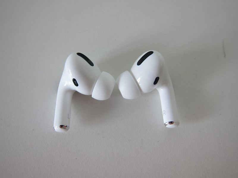 Apple AirPods Pro - Front