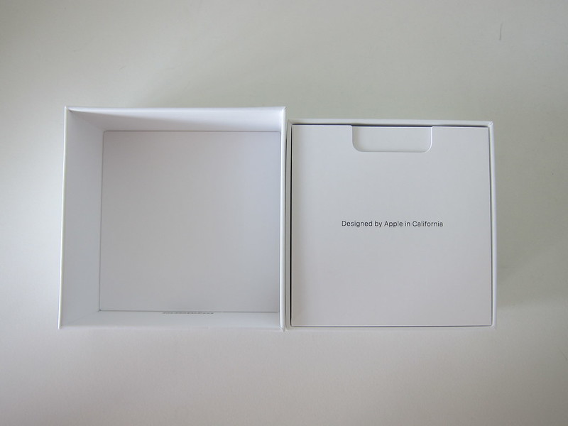 Apple AirPods Pro - Box Open