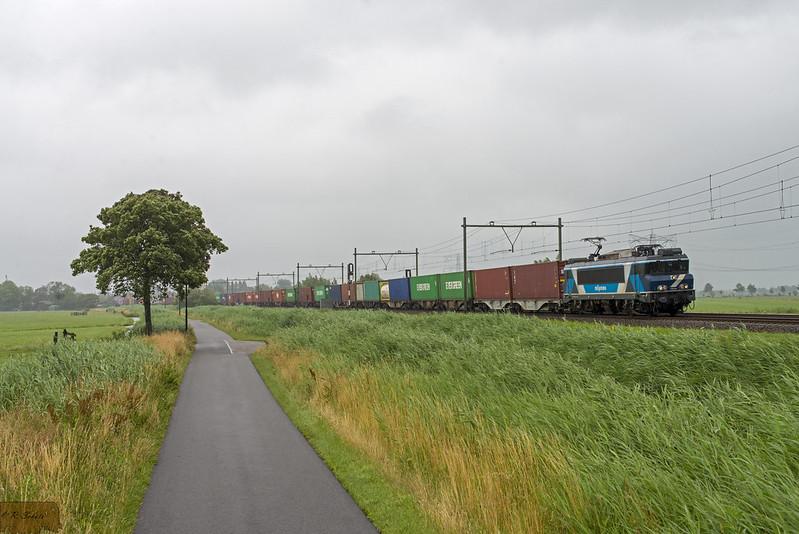 TCS 101001 met Coevorden-shuttle + IRP 2101 te Papekop.