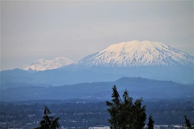 Mt. Saint Helens, Mt. Rainier