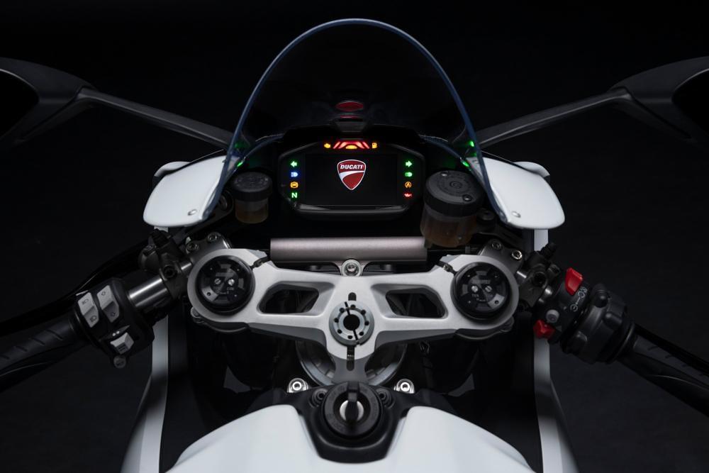 Ducati Panigale V2 2020 Cockpit