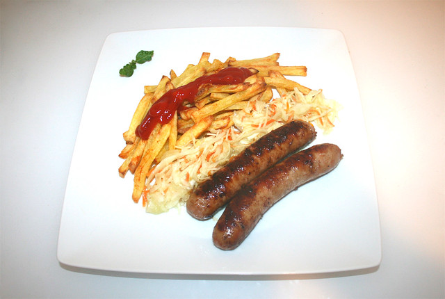 17 - Fried sausage with french fries - Served / Bratwurst mit Pommes Frites - Serviert