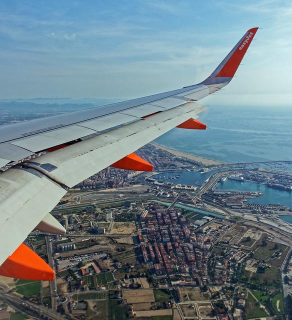 Landing at Valencia ( Panasonic LX15)