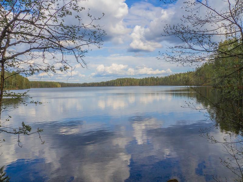 Iso-Melkutin järvi