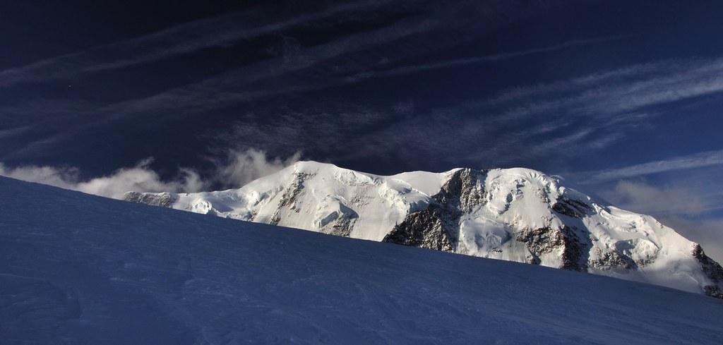 Signalkuppe / Punta Gnifetti Walliser Alpen / Alpes valaisannes Switzerland photo 18
