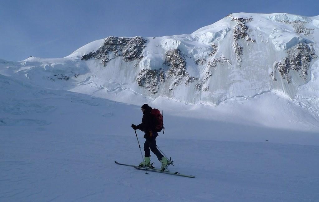 Signalkuppe / Punta Gnifetti Walliser Alpen / Alpes valaisannes Switzerland photo 17