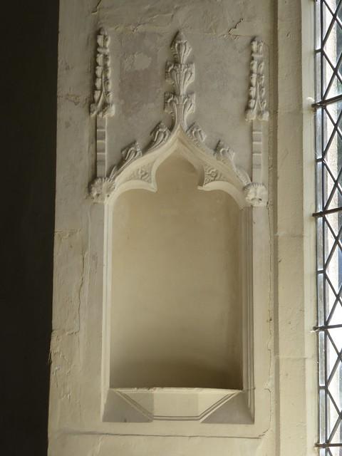 Canopied statue niche