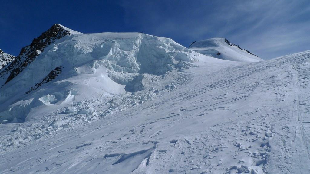 Signalkuppe / Punta Gnifetti Walliser Alpen / Alpes valaisannes Switzerland photo 31
