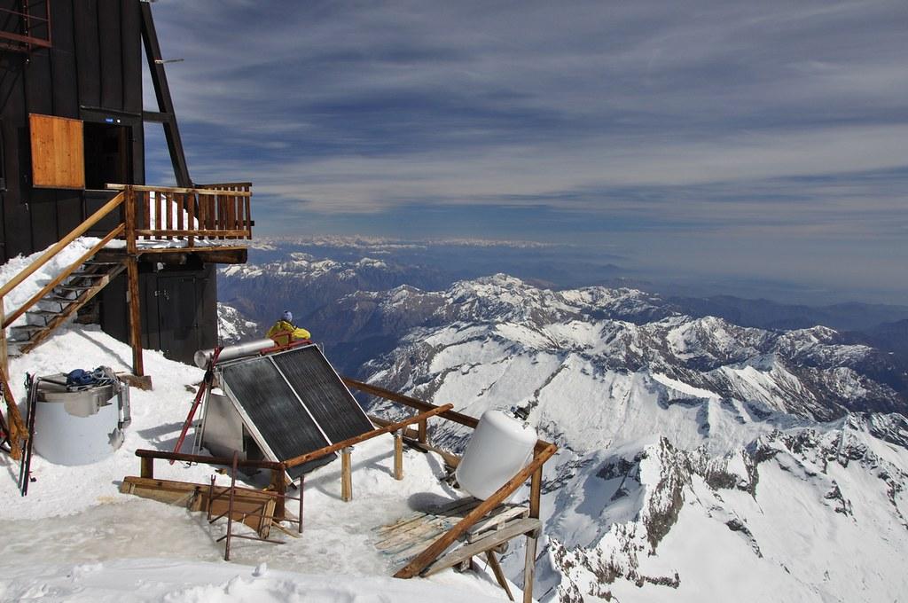 Signalkuppe / Punta Gnifetti Walliser Alpen / Alpes valaisannes Switzerland photo 43