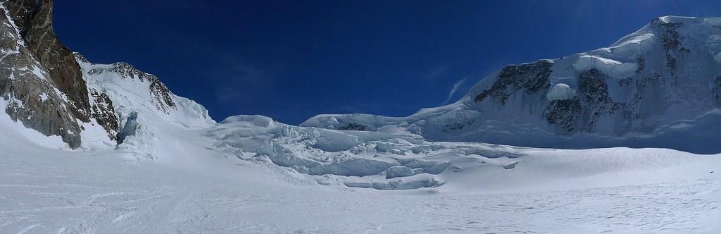 Signalkuppe / Punta Gnifetti Walliser Alpen / Alpes valaisannes Switzerland photo 29