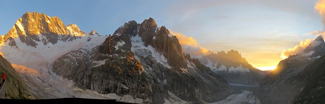 Views from Leschaux hut, French Alps