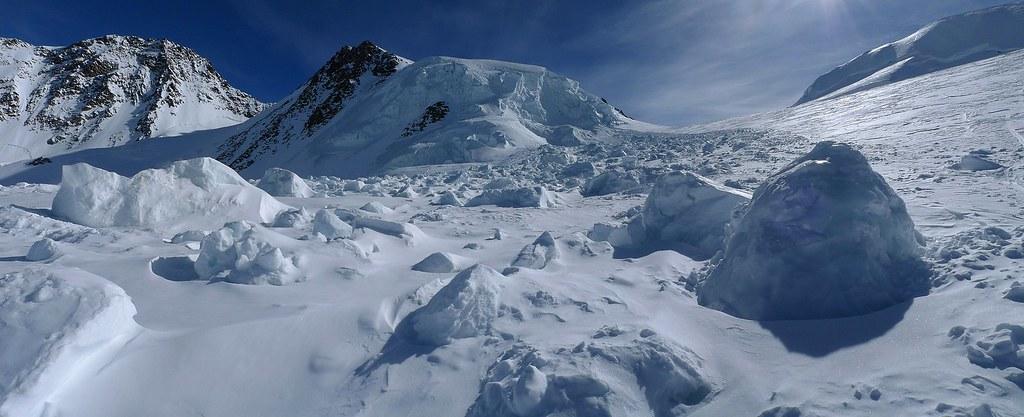 Signalkuppe / Punta Gnifetti Walliser Alpen / Alpes valaisannes Switzerland photo 34