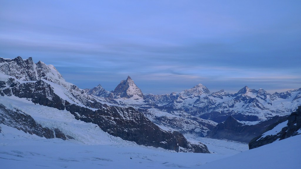 Signalkuppe / Punta Gnifetti Walliser Alpen / Alpes valaisannes Switzerland photo 13