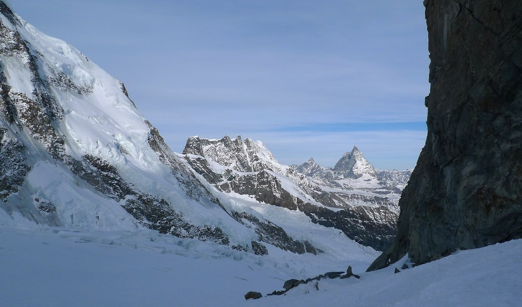 Signalkuppe / Punta Gnifetti Walliser Alpen / Alpes valaisannes Switzerland photo 16
