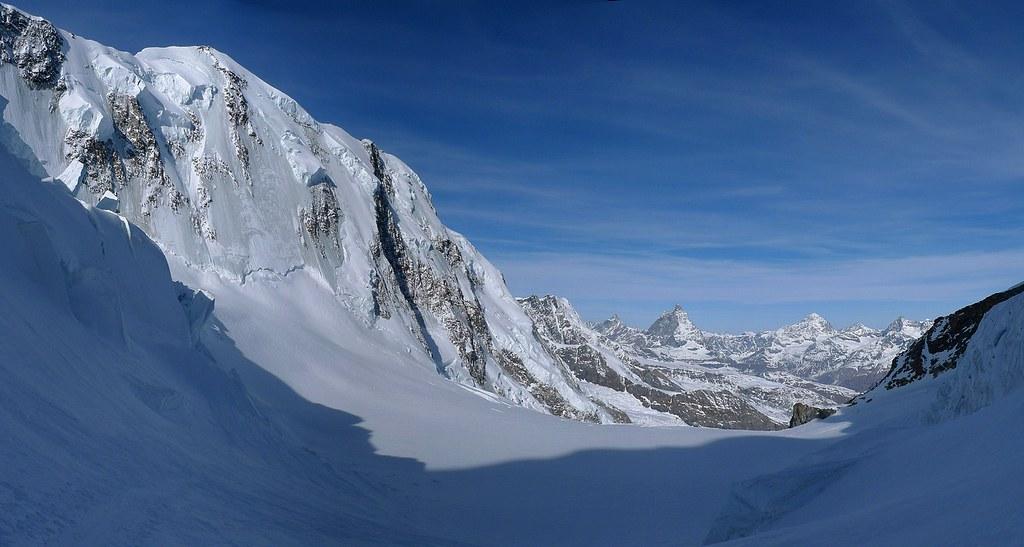Signalkuppe / Punta Gnifetti Walliser Alpen / Alpes valaisannes Switzerland photo 32