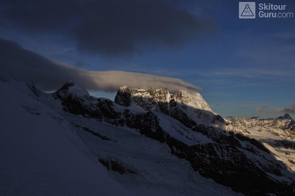 Signalkuppe / Punta Gnifetti Walliser Alpen / Alpes valaisannes Switzerland photo 03