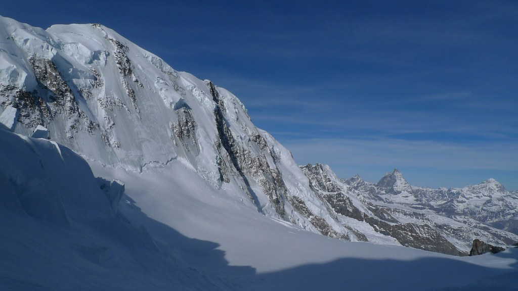 Signalkuppe / Punta Gnifetti Walliser Alpen / Alpes valaisannes Switzerland photo 20