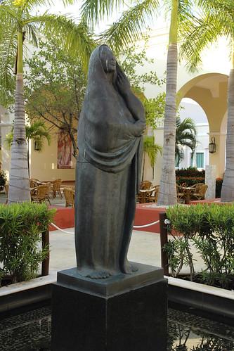 Sculpture in Plaza, Valentin Imperial Riviera Maya, Mexico