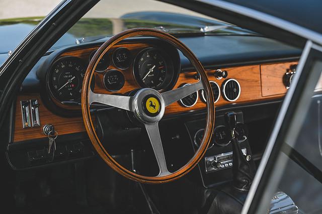 1965-Ferrari-500-Superfast-by-Pininfarina_21