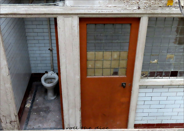 Public Conveniences/LadiesToilets Lambeth Bridge