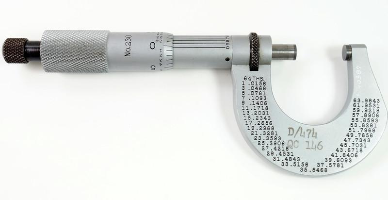 RD30616 Vintage L.S. Starrett Model # 230 Outside Micrometer 0-1 inch Accuracy .0001 DSC08944