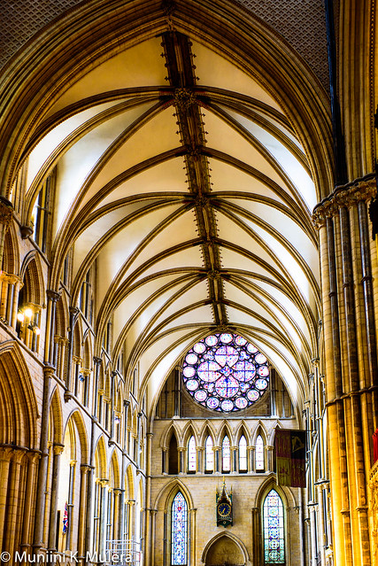 Lincoln Cathedral - arches