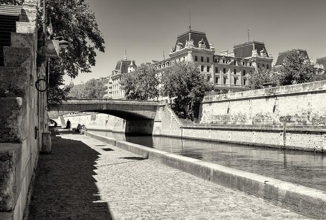 Un endroit paisible de Paris