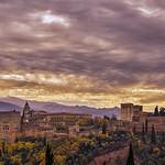 10. Mai 2020 - 16:21 - Panorámica de la Alhambra de Granada desde el mirador de San Nicolás.  Panoramic photography of the Alhambra de Granada from the San Nicolás viewpoint.