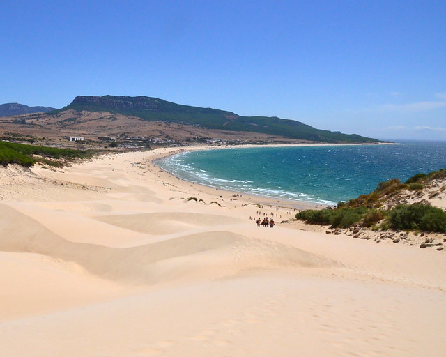 Playa de Bolonia, una de las mejores playas de Cádiz