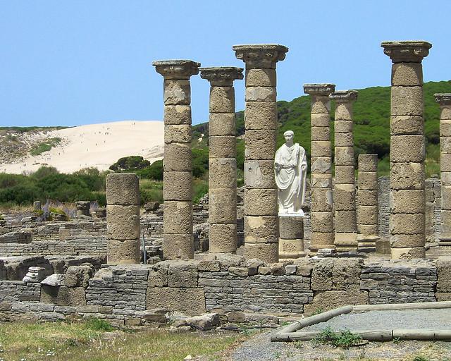 Conjunto arqueológico de Baelo Claudio, en la playa de Bolonia, Cádiz