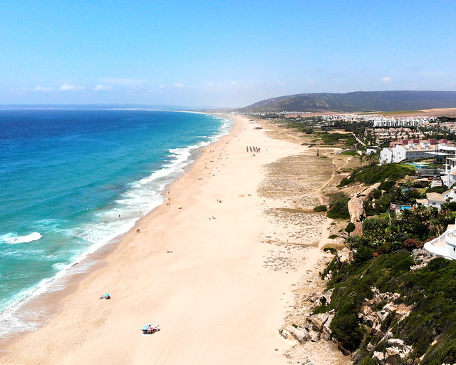 Playa de Zahara de los Atunes desde el aire