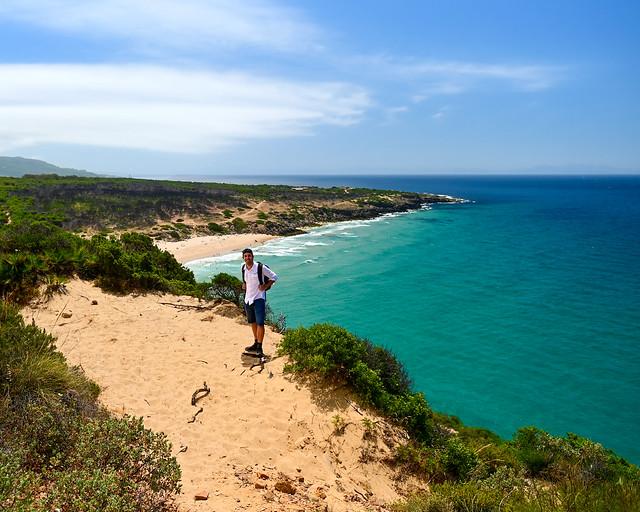 Del Faro Camarinal a la playa del Cañuelo
